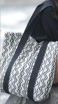 Velká designová taška